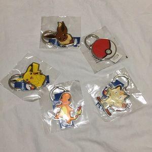 5pcs Pokémon keychains
